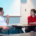 Photo de Michel Singh, professeur, (à gauche) et de l'invité Marc Hébert (à droite)