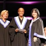 Mme Lise Cloutier et Mme Bourgeois en compagnie de Chantal Bellance, nouvelle diplômée en Techniques de travail social-gérontologie