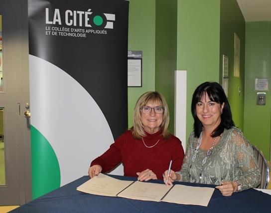 De gauche à droite: Lise Parent et Lise Bourgeois