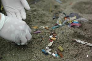 Partez à la recherche des principaux déchets riverains présents au Canada