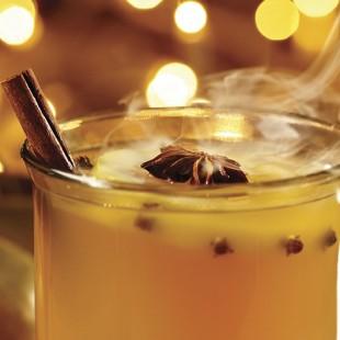 Réconfortez-vous avec une tasse de cidre festif