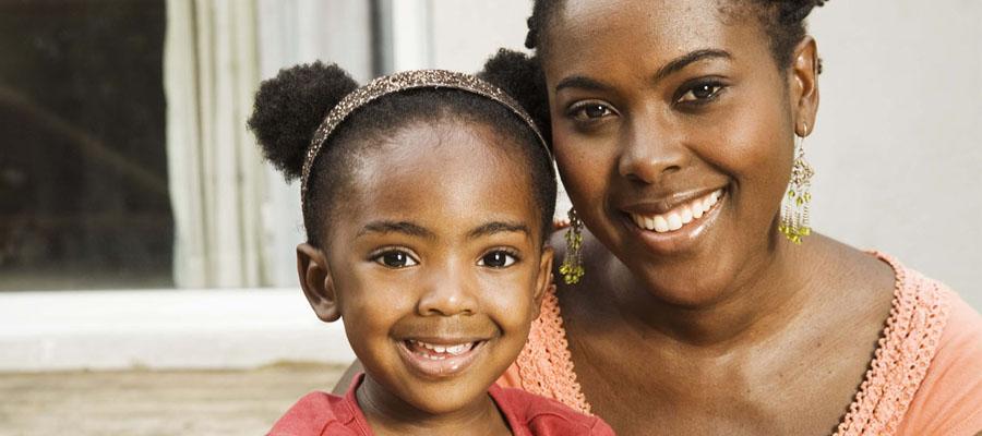 Une mère avec sa petite fille