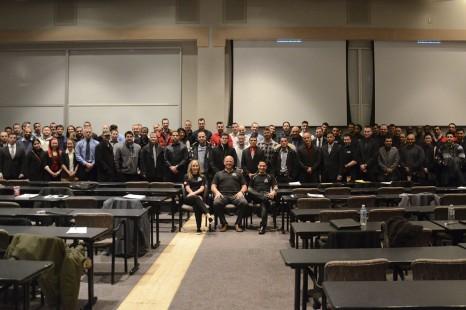 La Ville d'Edmonton recrute de futurs policiers à La Cité