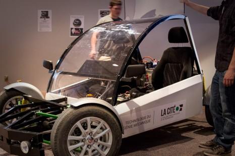 Innovation capitale : Une voiture électrique conçue et fabriquée par des étudiants de La Cité d'Ottawa