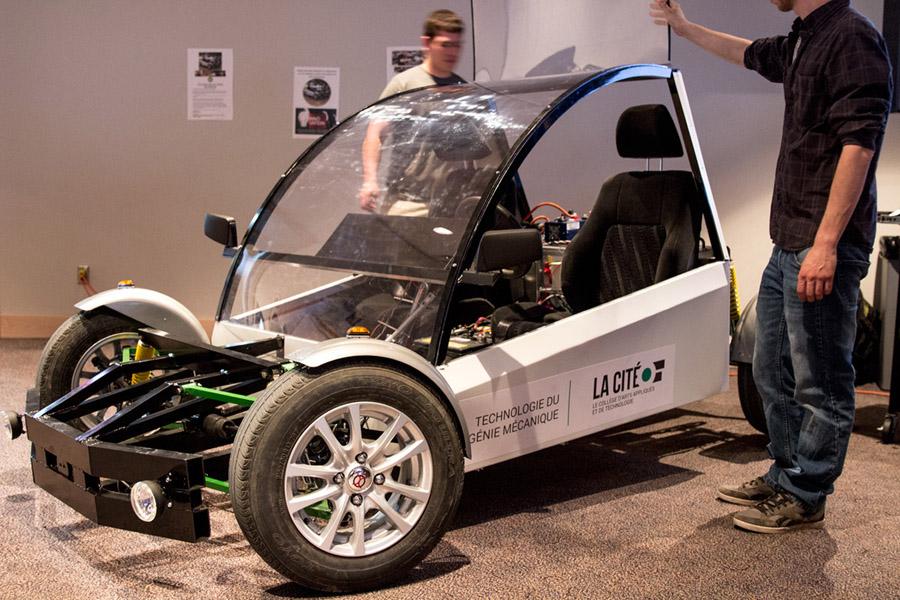étudiants de Technologie du génie mécanique de La Cité