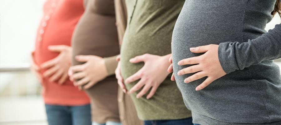 quatre femmes enceintes