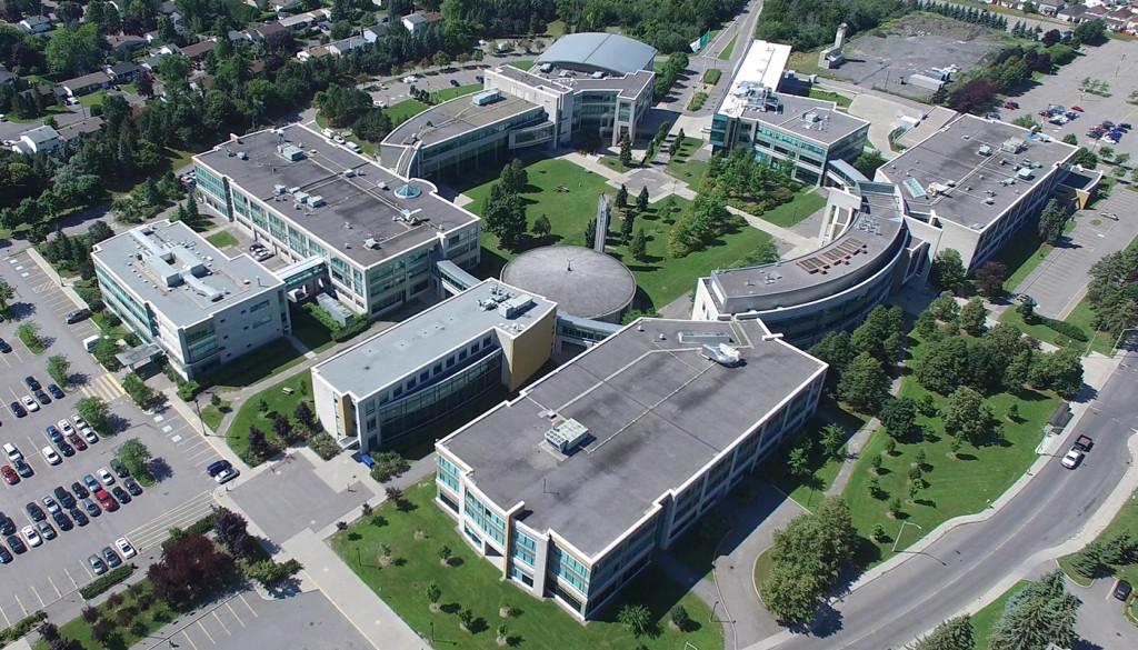 Campus La Cité Ottawa vue d'un drone