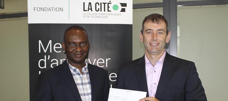 Jean Claude Agnimel, le lauréat de la Bourse d'excellence Michel Bertrand – Financière Banque Nationale.