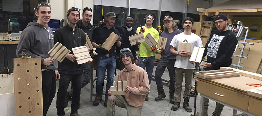nouveau cours, Utilisation du bois