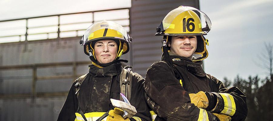 La ville d'Ottawa engage des pompiers