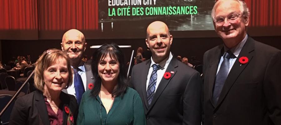 Jacques Frémont, recteur de l'Université d'Ottawa, Cheryl Jensen, présidente du Collège Algonquin, Lise Bourgeois de La Cité et Benoit-Antoine Bacon, recteur de l'Université Carleton